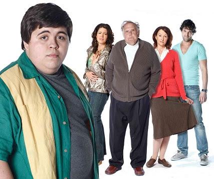 Ninguem%2520%25C3%25A9%2520Perfeito%2520Iii%25201 Terceira Temporada De «Less Than Kind» Estreia Em Portugal