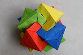 Four Triangular Prisms by Daniel Kwan Instructions: http://www.flickr.com/photos/8303956@N08/sets/72157600536875252/