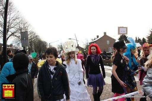carnavalsfeest op school 08-02-2013 (67).JPG