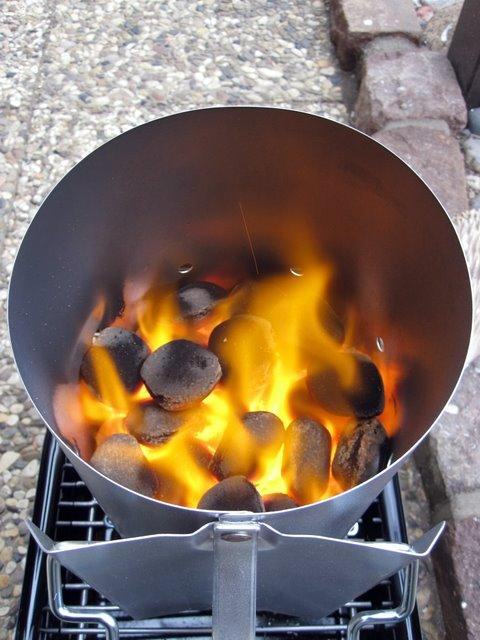 sascha d mer aufr sten f r die laufende grillsaison. Black Bedroom Furniture Sets. Home Design Ideas