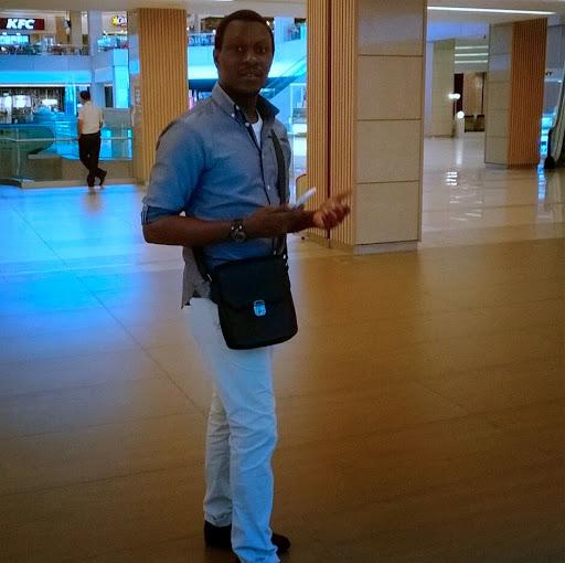 Obi Nwankwo