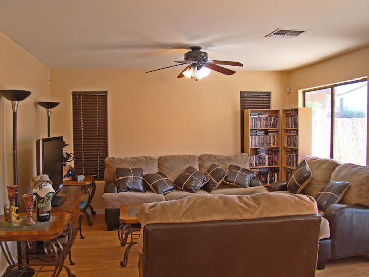 Picture of family room in Litchfield Park real estate