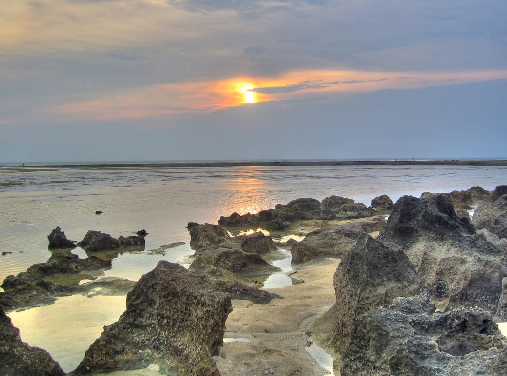 Destinasi wisata pantai di Garut