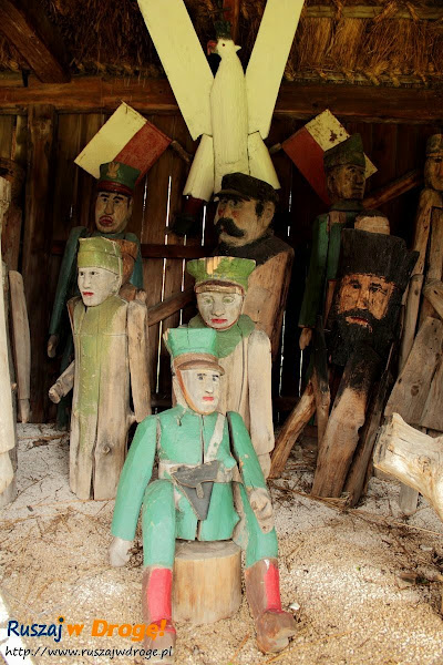 wystawa bernasiewicza w muzeum wsi kieleckiej w Tokarni