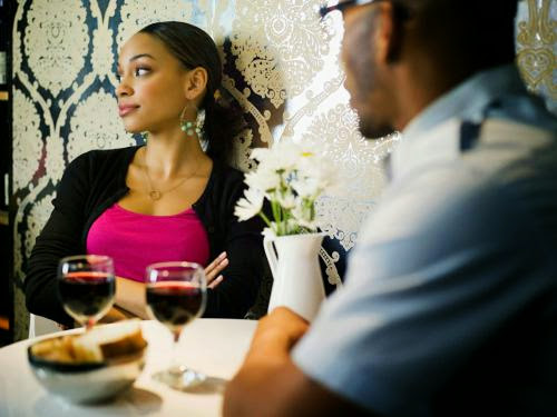 10 Mistakes Men Make On Their First Date