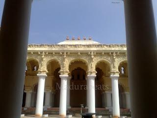 Thirumalai nayakkar Mahal,Thirumalai Nayakkar Palace pillars with Blue sky 2
