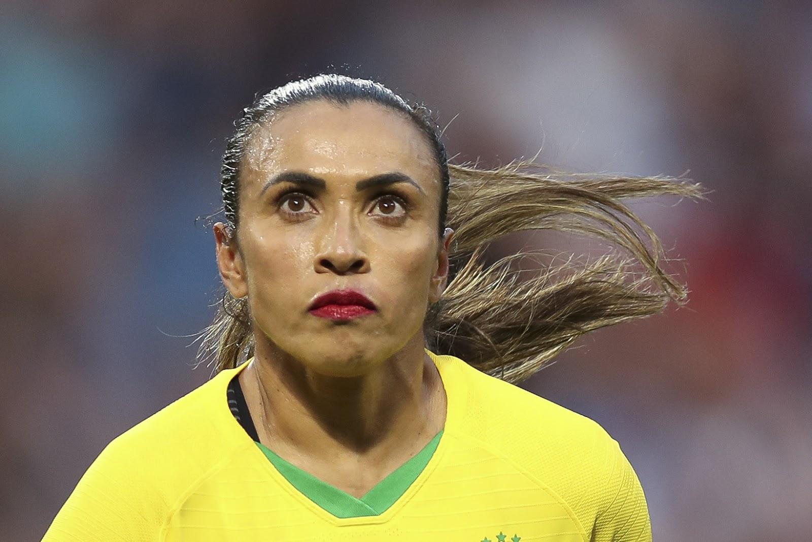 Ngôi sao Brazil Mata đã ghi nhiều bàn thắng hơn các đồng hương nam của cô ấy