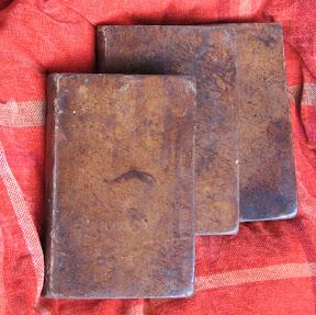 Tapas de los tres volúmenes