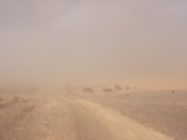 Marrocos e Mauritãnia a Queimar Pneu e Gasolina - Página 9 DSCF1079
