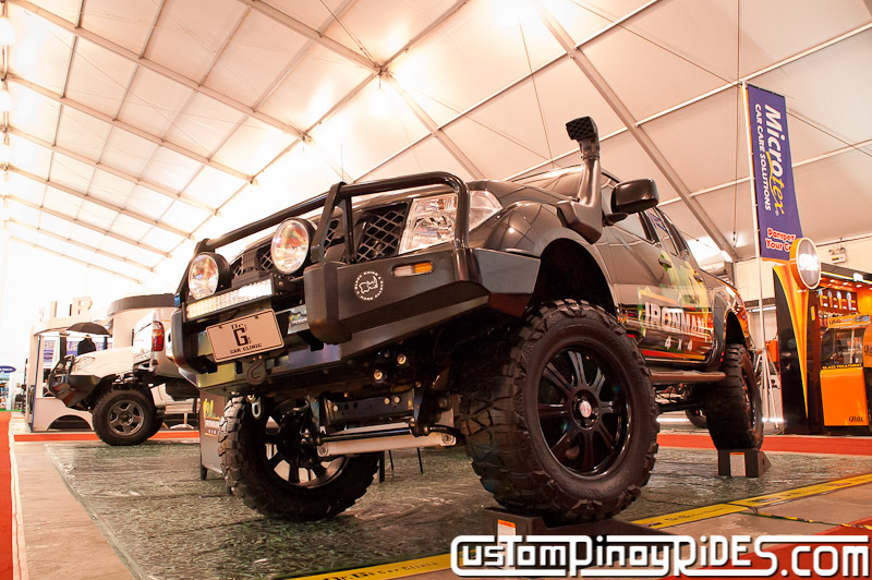 Nissan Navara by Dr. G's Car Clinic and IronMan 4x4 Custom Pinoy Rides pic3