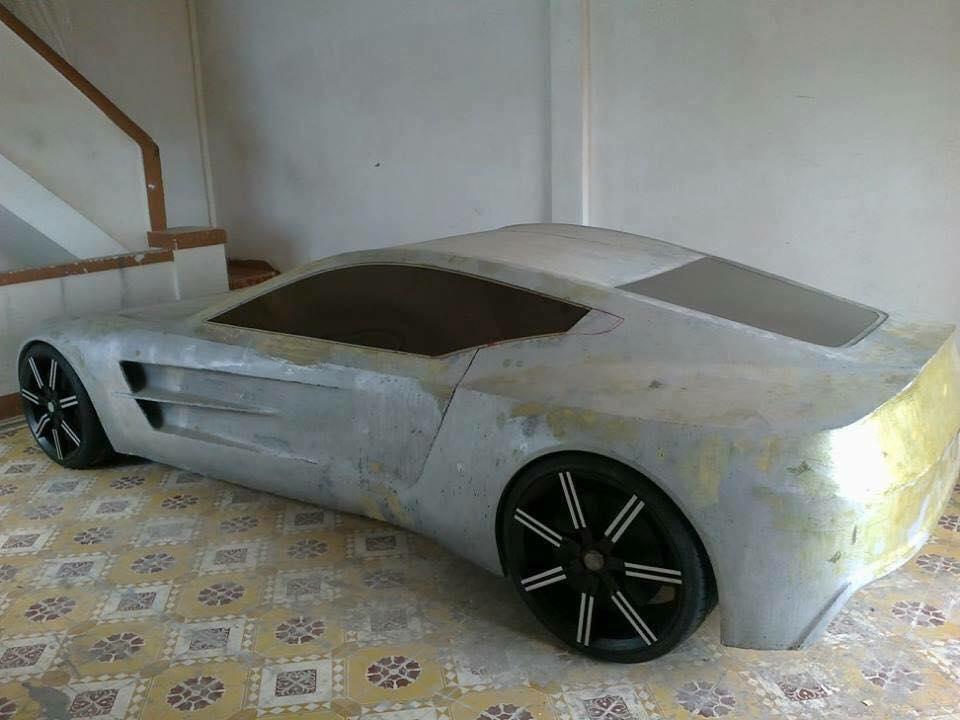 Có vẻ như xe sẽ không được lắp thêm động cơ, vì trông bộ khung khá yếu