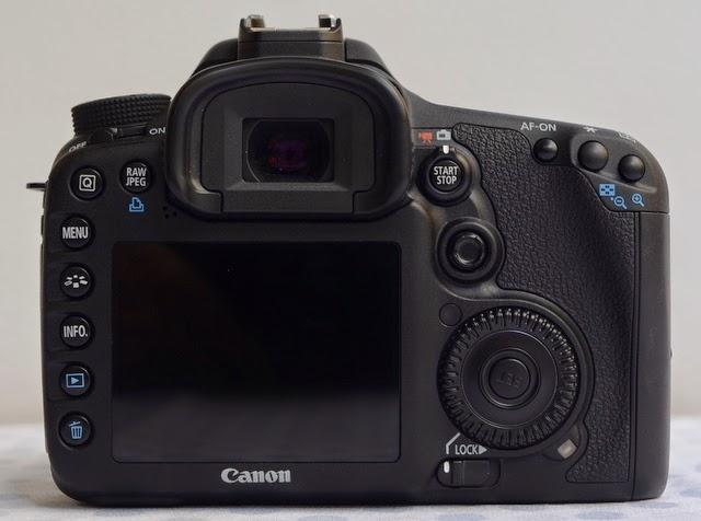 Chuyên máy ảnh 2nd hàng nội địa Nhật xách tay. Chất lượng-uy tín-Giá rẻ! - Page 5 Canon_eos_7D_b