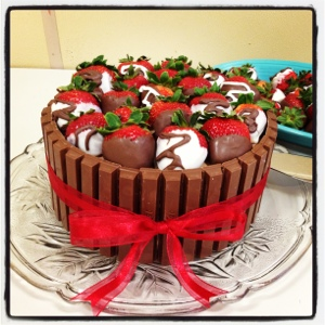 Kit Kat Strawberry Basket Cake