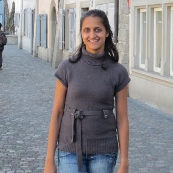 Deepali Abhyankar Photo 3