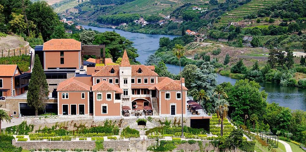 Dois hotéis de luxo reabrem no Douro