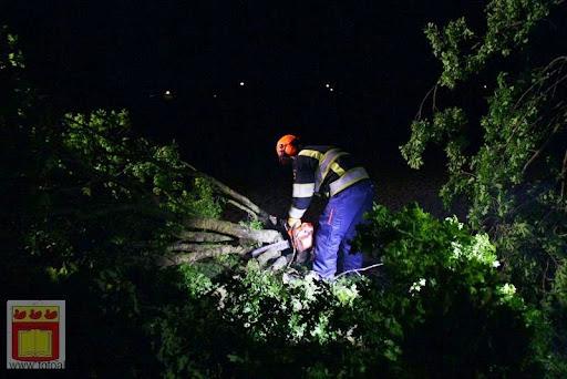 Noodweer zorgt voor ravage in Overloon 10-05-2012 (40).JPG