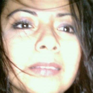 Andrea Flores Photo 31