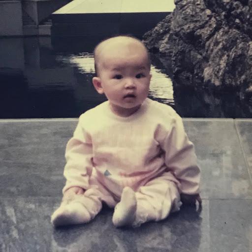 Vivian Lui Photo 15