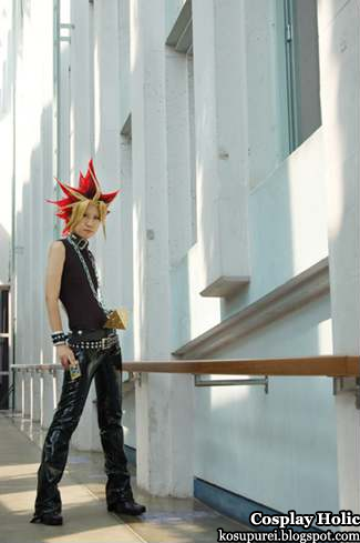 yu-gi-oh! cosplay - yami no yugi