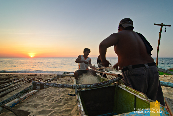 Patar White Beach Bolinao Fishermen
