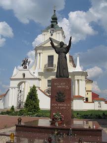 Pomnik papieża w Siemiatyczach