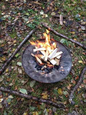 Dustbin Lid Fire - Mudpies and Foodie Quine Autumn Bramble Ramble