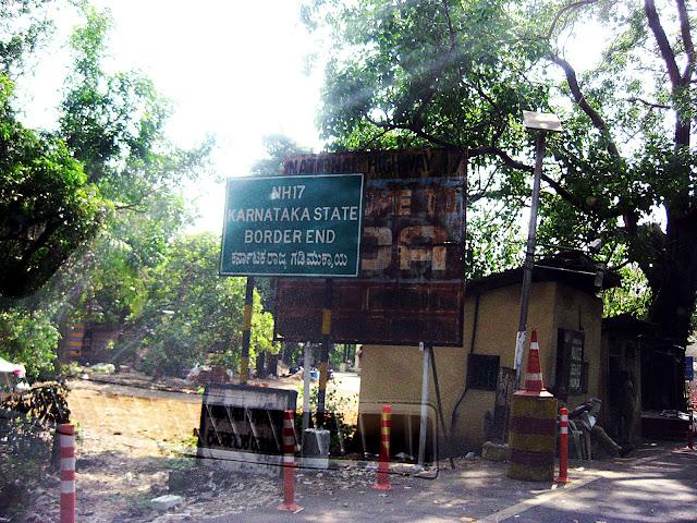 karnataka-goa border, near karnataka border