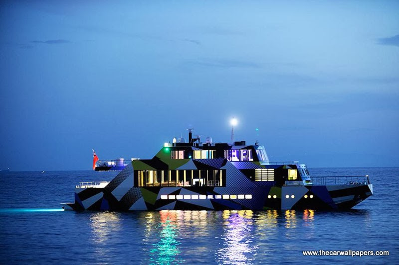 Mega Yacht Guilty by Jeff Koons