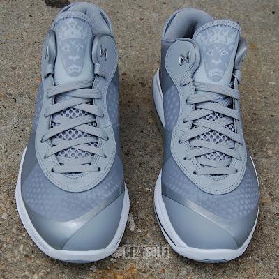 lebron 8 v2 hornets. nike air max lebron 8 v2 low metallic silver white 6 05 Nike LeBron 8 V2