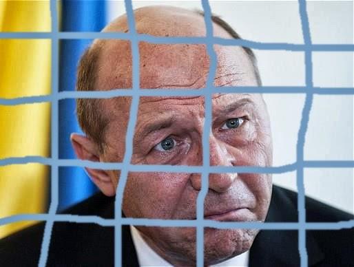 Traian Băsescu după gratii, la puşcărie
