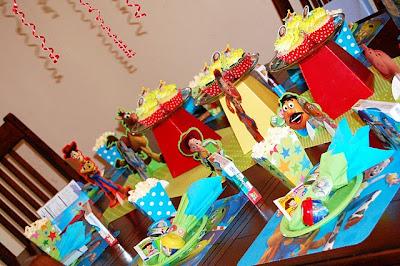 Decorar Con Tres Tem  Ticas B  Sicas Una Fiesta Toy Story Que Son