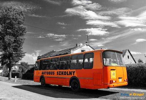 wesoły autobus wycieczkowy - co za frajda!
