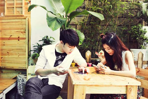 """Cặp đôi """"Hà Nội, em yêu anh"""" sẽ làm đại sứ game! 18"""