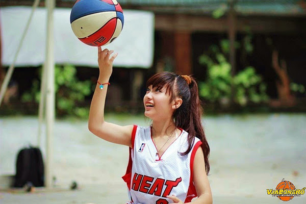 """Miss Bóng Rổ 2013 lộ diện 7 gương mặt """"thiên thần"""" 7"""