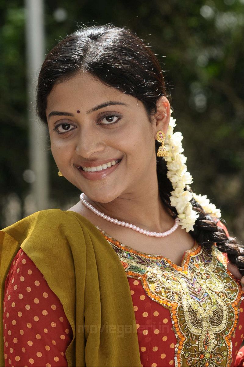 Kavitha Nair Stills, Mudhal Idam Actress Kavitha Nair Photos ...