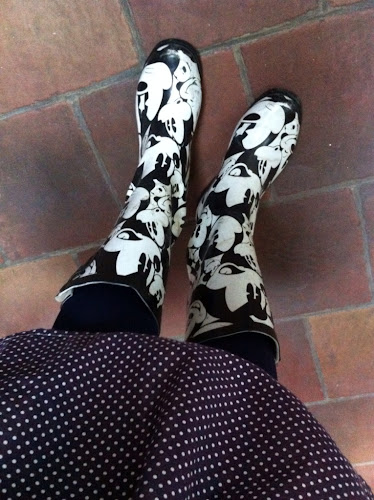Jupe et bottes Mickey