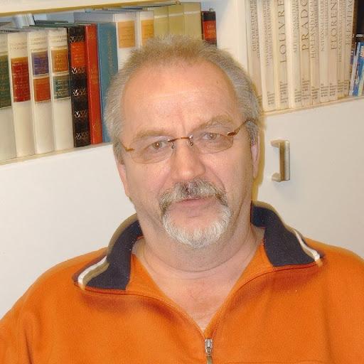 Dieter Heinrich