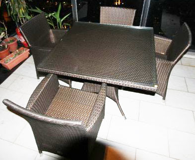 glasstop synthetic rattan table