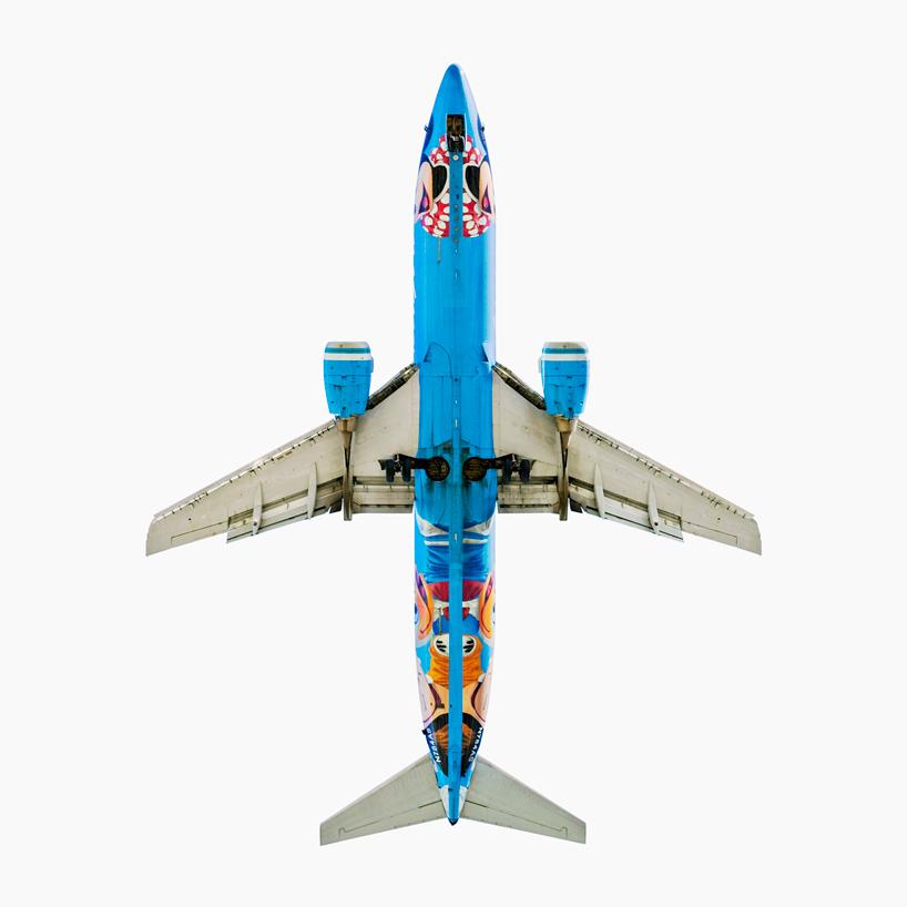 *美國攝影師 Jeffrey Milstein 仰望起降瞬間:捕捉飛機下方腹部攝影作品! 7
