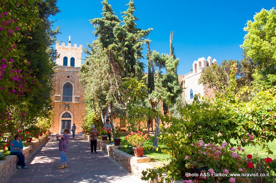 Бейт Джамаль, каталический монастырь. Экскурсия гида Светланы Фиалковой.