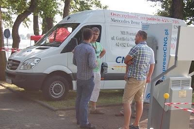 Mercedes-Benz Poznań - prezentacja pojazdów CNG w Kiekrzu koło Poznania
