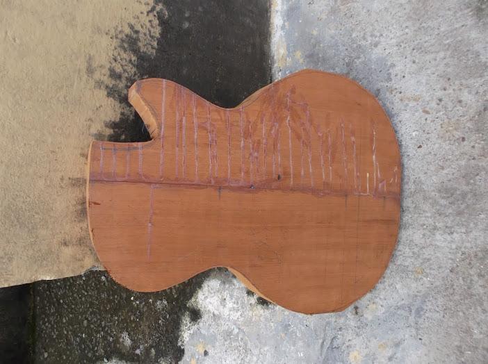 Construção inspirada Les Paul Custom, meu 1º projeto com braço colado (finalizado e com áudio) DSCF0505