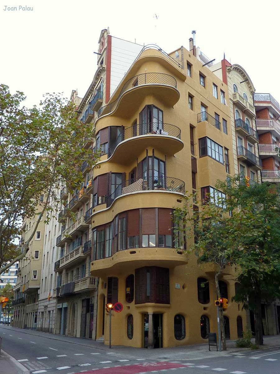 Casa planells barcelona modernista i singular - Casa modernista barcelona ...