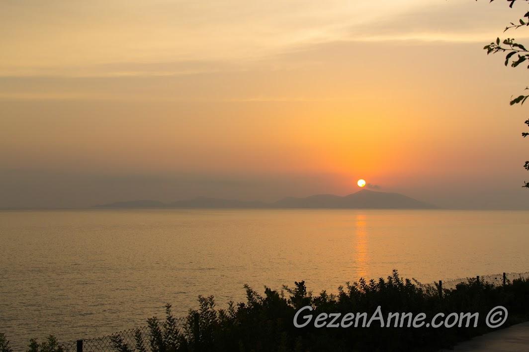 Xanadu Island Otelden günbatımı manzarası