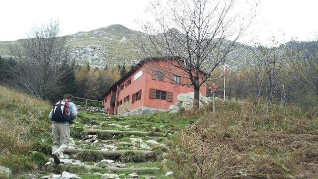 Rifugio del Freo Pietrapana, Fraz. Levignani loc. Mosceta, Stazzema, Italy