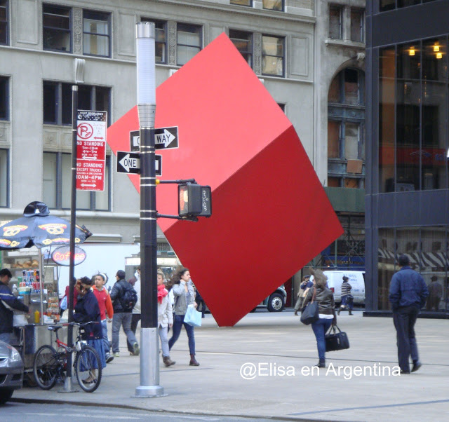 Red Cube de Isamu Noguchi, Manhattan, New York,Elisa N, Blog de Viajes, Lifestyle, Travel