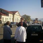 Találkozás az állomás előtt Horkay László püspökkel, feleségével és az óvoda megálmodójával, Gerzsenyi Irénnel
