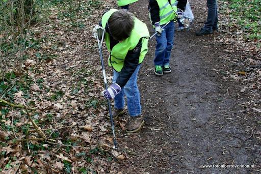 Landelijke opschoondag  Scouting overloon 10-03-2012 (65).JPG
