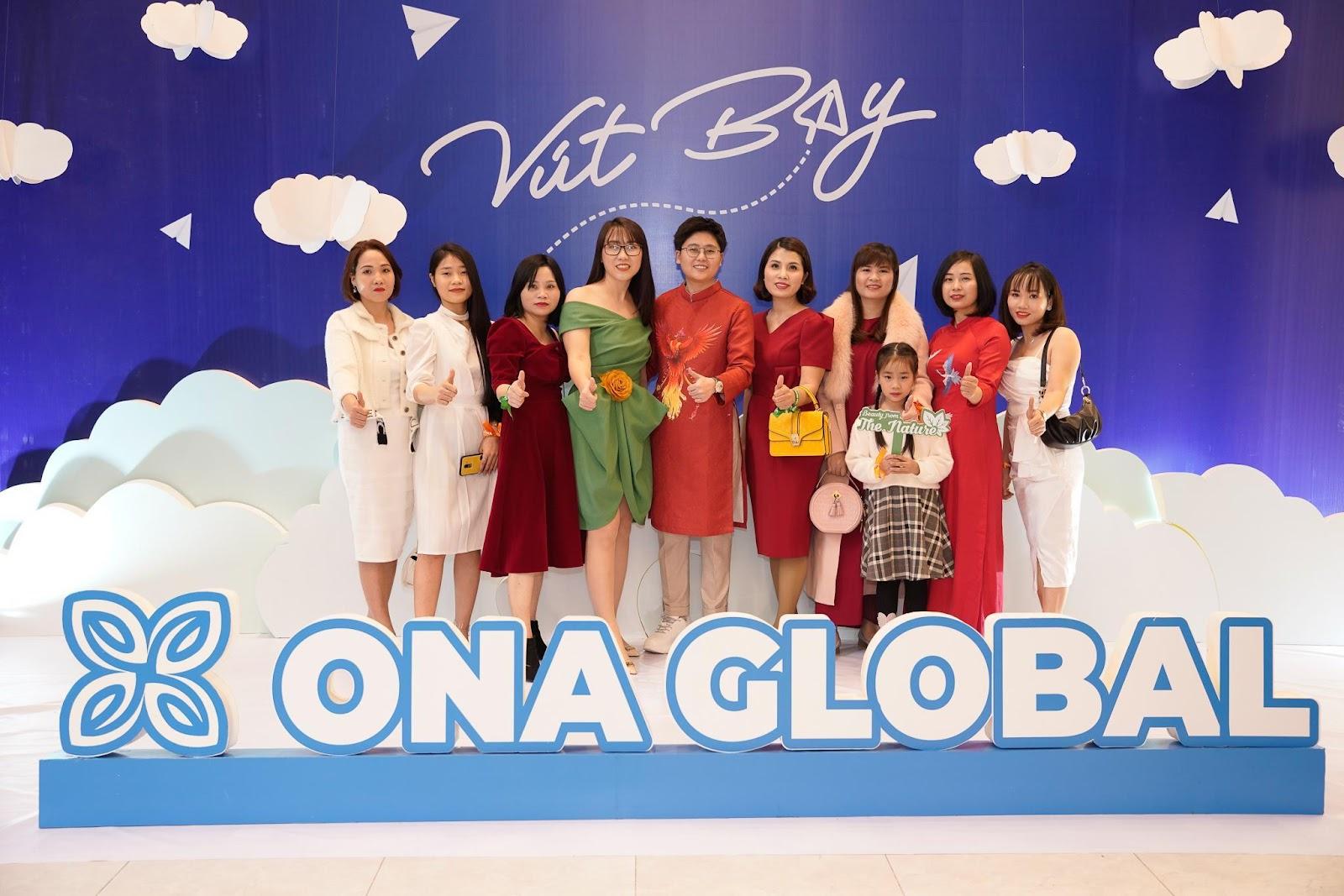 """Ona Global: Vỡ òa cảm xúc trong đại tiệc cuối năm """"hành trang vút bay"""" - Ảnh 9"""