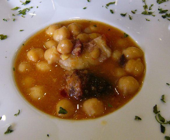 Cocido madrileño Receta tradicional clásica española